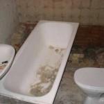 Демонтаж ванны и унитаза выполненные самостоятельно