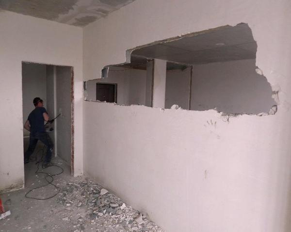 Снос стен из любого материала