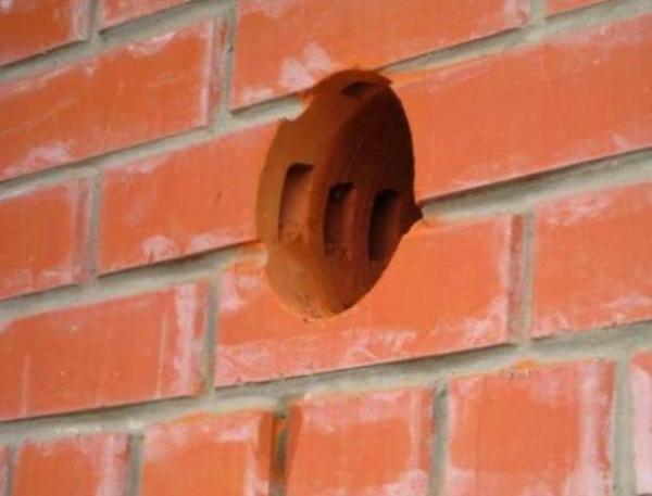 Сверление в стене