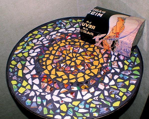 Мозаика на кухонном столе