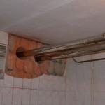 Кто делает отверстие для дымохода в стене из бетона, кирпича и железобетона