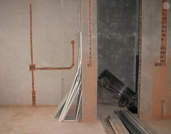 Как выполнить штробление стен