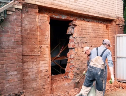 Проем в несущей стене кирпичного дома