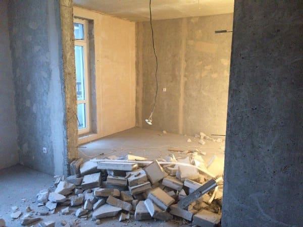 Резка бетонного перегородка