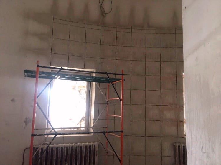 Резка бетонной стены